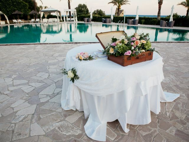 Il matrimonio di Francesca e Luca a Santa Cesarea Terme, Lecce 23