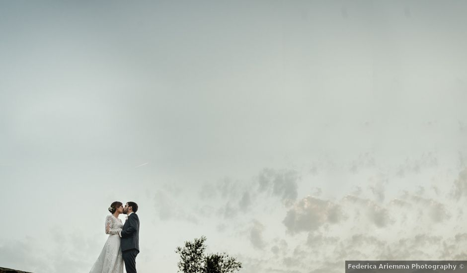 Il matrimonio di Victor e Simona a Sorrento, Napoli