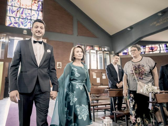 Il matrimonio di Fabrizio e Kristina a Monvalle, Varese 22