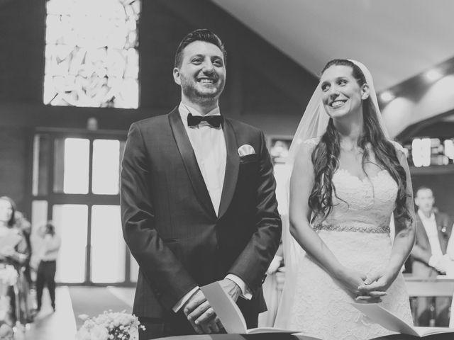 Il matrimonio di Fabrizio e Kristina a Monvalle, Varese 39