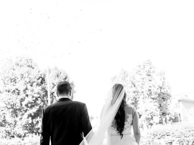 Il matrimonio di Fabrizio e Kristina a Monvalle, Varese 41