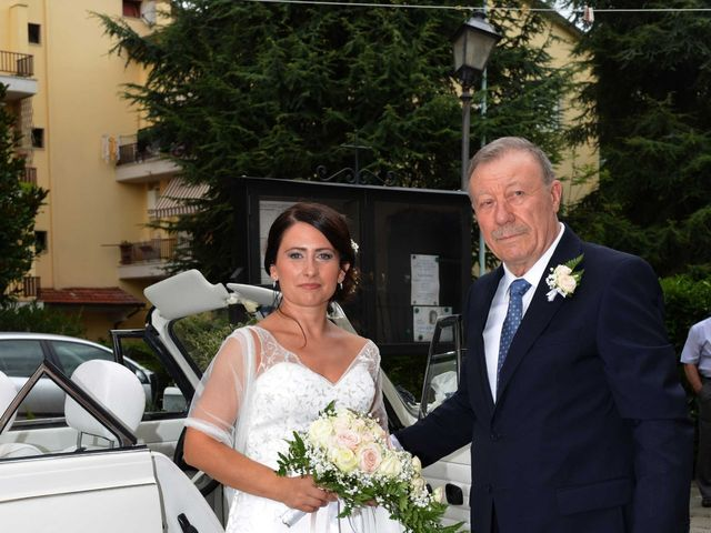 Il matrimonio di Davide e Elma a Pieve a Nievole, Pistoia 25