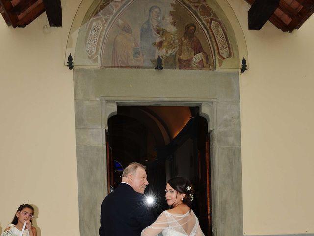 Il matrimonio di Davide e Elma a Pieve a Nievole, Pistoia 27