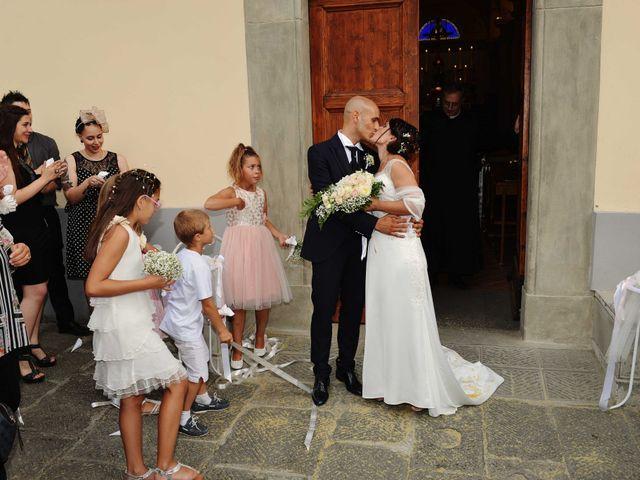 Il matrimonio di Davide e Elma a Pieve a Nievole, Pistoia 42