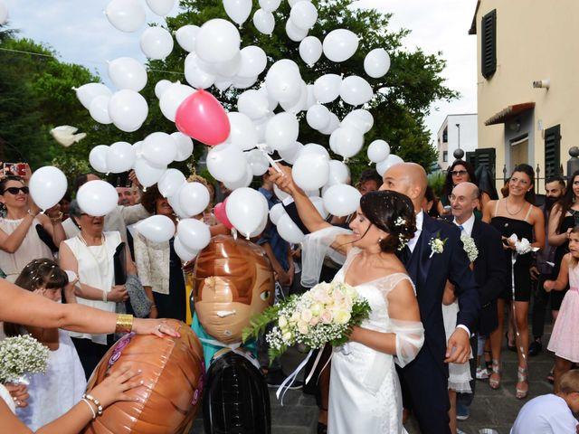 Il matrimonio di Davide e Elma a Pieve a Nievole, Pistoia 44