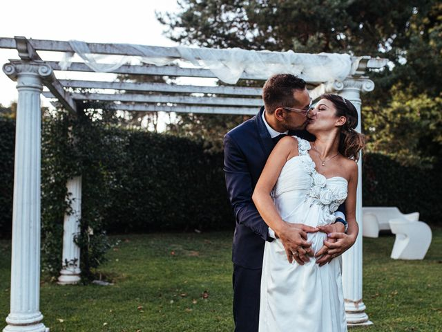 Il matrimonio di Simone e Gloria a Solaro, Milano 14