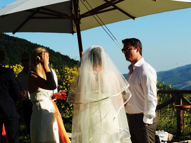 Il matrimonio di Michael e Claire a Poppi, Arezzo 20
