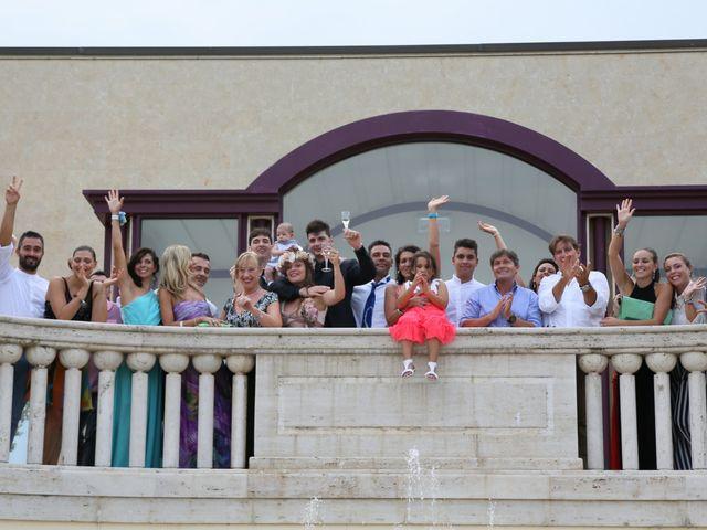 Il matrimonio di Luca e Sara a Civitanova Marche, Macerata 12