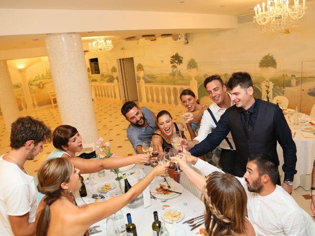 Il matrimonio di Luca e Sara a Civitanova Marche, Macerata 36