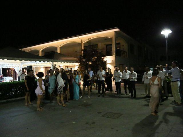 Il matrimonio di Luca e Sara a Civitanova Marche, Macerata 39