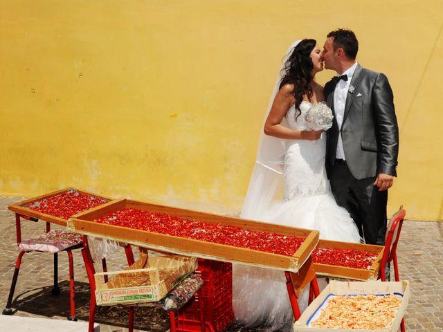 Il matrimonio di LINO e LUCIA a San Martino in Pensilis, Campobasso 23
