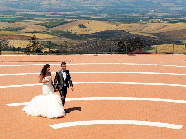 Il matrimonio di LINO e LUCIA a San Martino in Pensilis, Campobasso 25