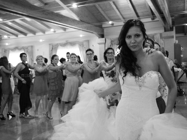 Il matrimonio di LINO e LUCIA a San Martino in Pensilis, Campobasso 30