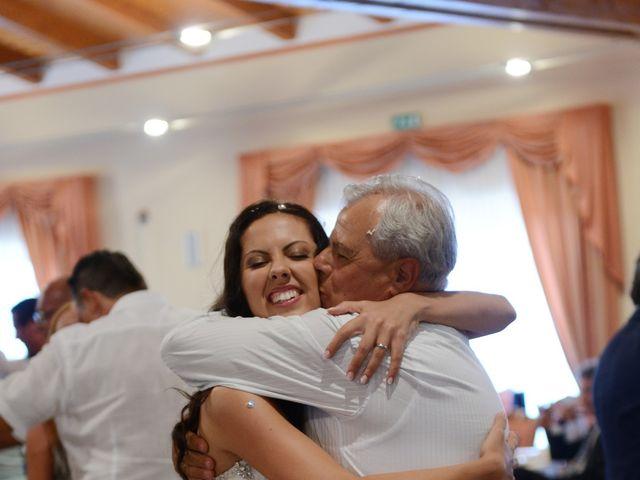 Il matrimonio di LINO e LUCIA a San Martino in Pensilis, Campobasso 32