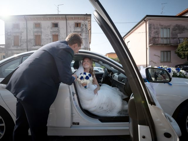 Il matrimonio di Stefano e Maddalena a Lusia, Rovigo 30