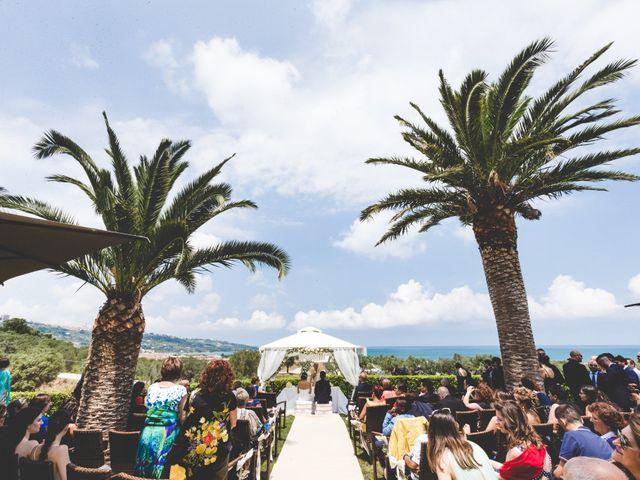 Il matrimonio di Fred e Anna a Vasto, Chieti 15