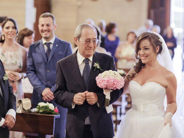Il matrimonio di Giovanni e Ornella a Pozzuoli, Napoli 15