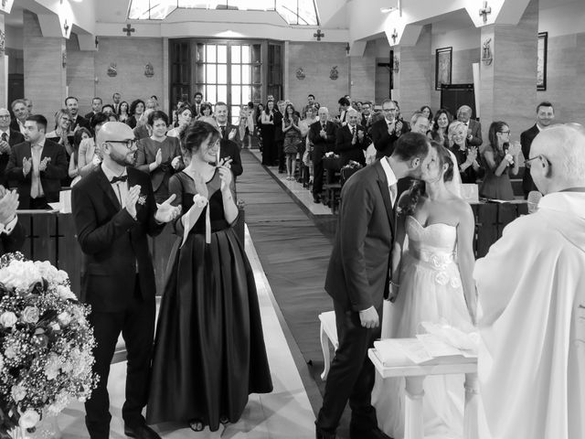 Il matrimonio di Giovanni e Ornella a Pozzuoli, Napoli 20