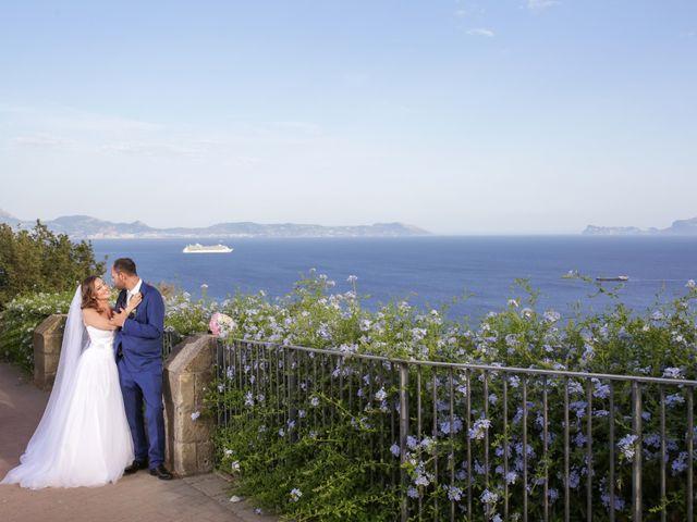 Il matrimonio di Giovanni e Ornella a Pozzuoli, Napoli 23