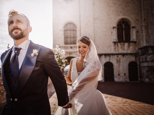 Il matrimonio di Agon e Linda a Gubbio, Perugia 19