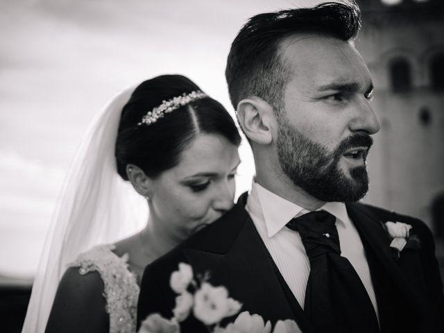 Il matrimonio di Agon e Linda a Gubbio, Perugia 20