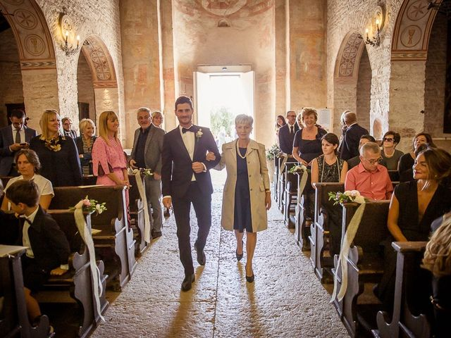 Il matrimonio di Edoardo e Chiara a Sant'Ambrogio di Valpolicella, Verona 16