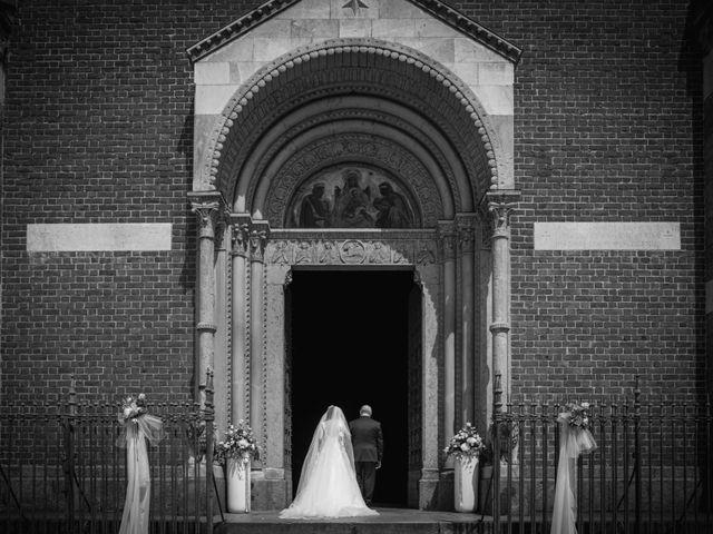 Il matrimonio di Matteo e Rosita a Gaggiano, Milano 13