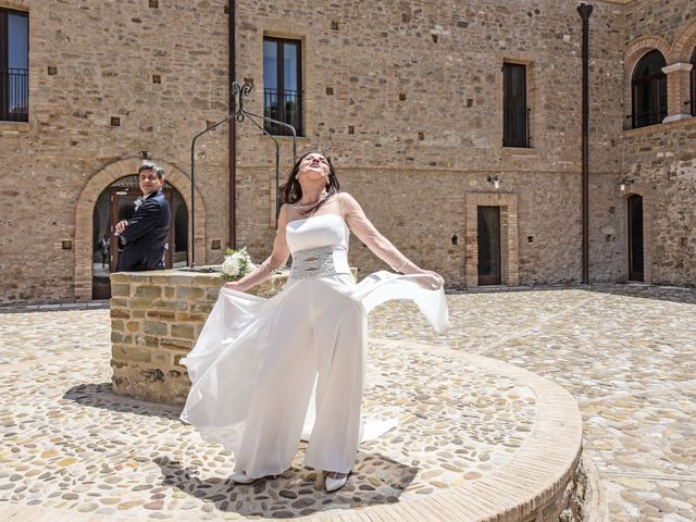 Il matrimonio di Emmanuel e Maria a Pisticci, Matera 30