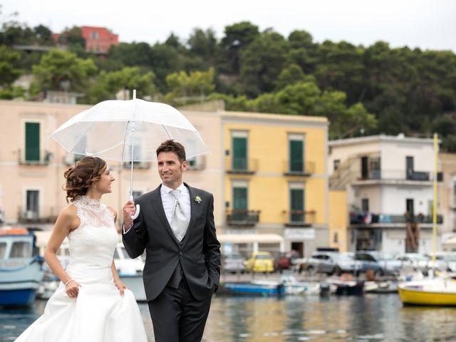 Il matrimonio di Giuseppe e Corinna a Bacoli, Napoli 41