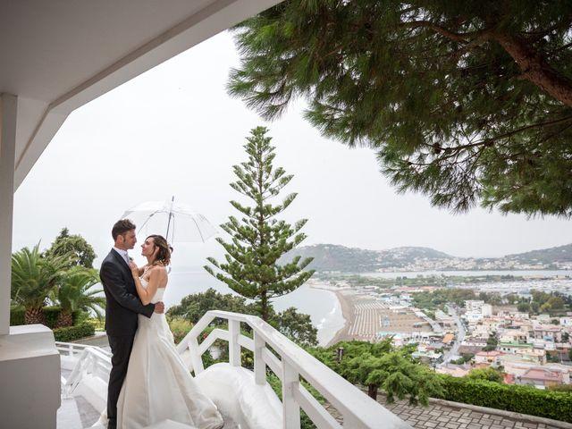 Il matrimonio di Giuseppe e Corinna a Bacoli, Napoli 44
