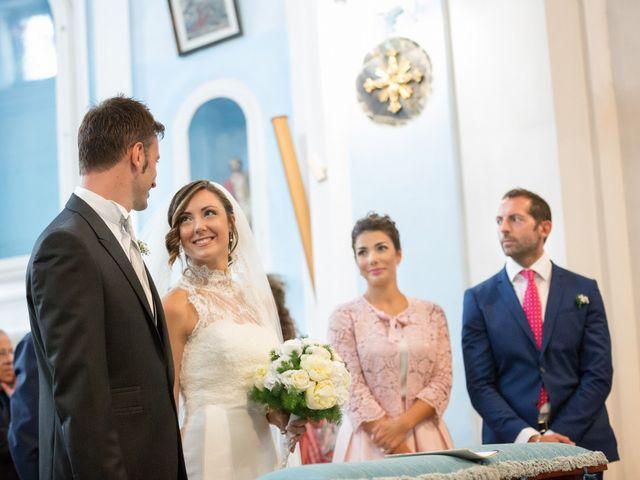 Il matrimonio di Giuseppe e Corinna a Bacoli, Napoli 24