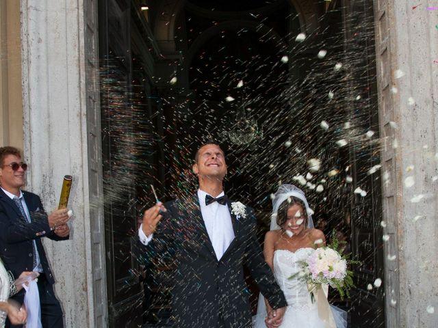 Il matrimonio di Lorenzo e Alessandra a Ponsacco, Pisa 24