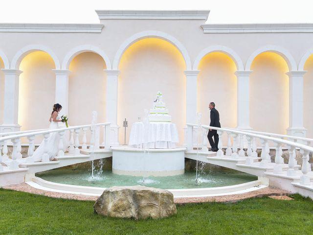 Il matrimonio di Raffaele e Antonella a Carpignano Salentino, Lecce 22