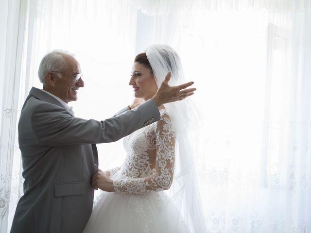 Il matrimonio di Marco e Erica a Torre San Patrizio, Fermo 22