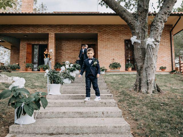 Il matrimonio di Ambra e Lorenzo a San Lorenzo in Campo, Pesaro - Urbino 19