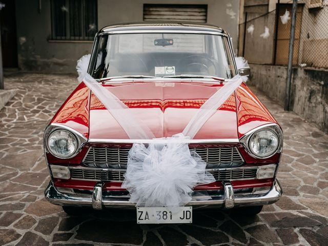 Il matrimonio di Ambra e Lorenzo a San Lorenzo in Campo, Pesaro - Urbino 38