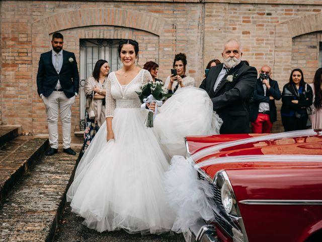 Il matrimonio di Ambra e Lorenzo a San Lorenzo in Campo, Pesaro - Urbino 43
