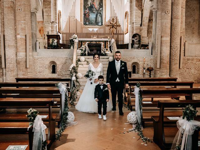 Il matrimonio di Ambra e Lorenzo a San Lorenzo in Campo, Pesaro - Urbino 52