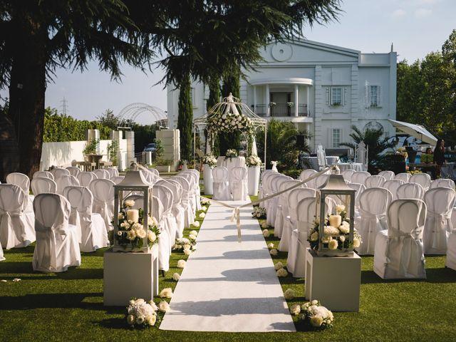 Il matrimonio di Fabio e Rossella a Legnano, Milano 8