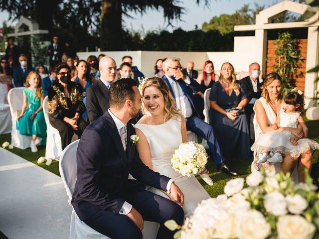 Il matrimonio di Fabio e Rossella a Legnano, Milano 18