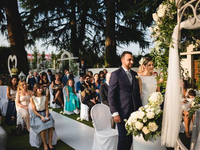 Il matrimonio di Fabio e Rossella a Legnano, Milano 20