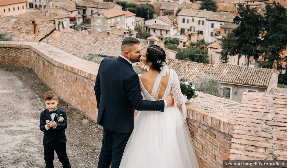 Il matrimonio di Ambra e Lorenzo a San Lorenzo in Campo, Pesaro - Urbino