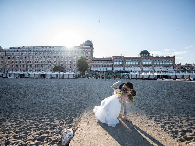 Il matrimonio di Marco e Elena a Lido di Venezia, Venezia 52