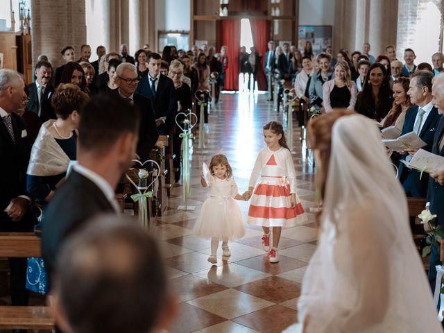 Il matrimonio di Fabio e Isa a Concordia Sagittaria, Venezia 18