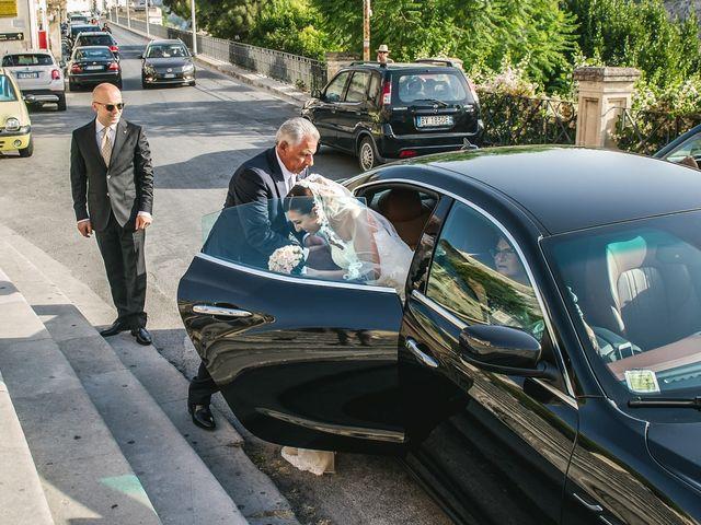 Il matrimonio di Salvo e Valentina a Modica, Ragusa 20
