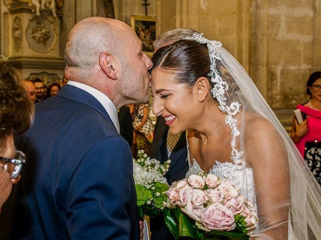 Il matrimonio di Salvo e Valentina a Modica, Ragusa 24