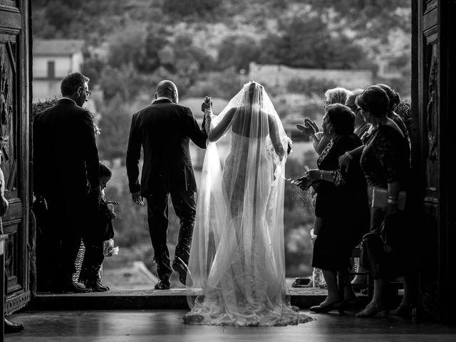 Il matrimonio di Salvo e Valentina a Modica, Ragusa 31