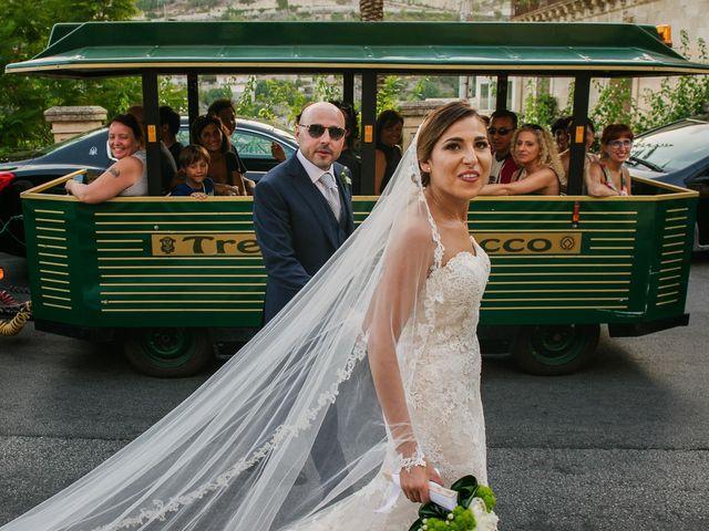 Il matrimonio di Salvo e Valentina a Modica, Ragusa 33