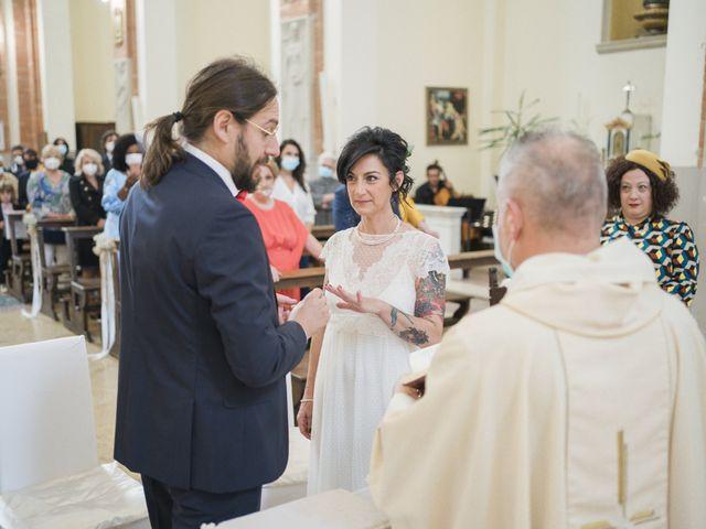 Il matrimonio di Gabriele e Valentina a Argenta, Ferrara 26