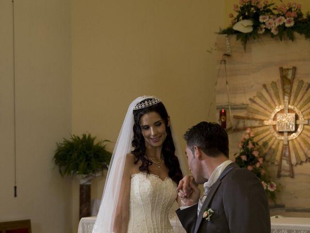 Il matrimonio di Maria e Maurizio a Torregrotta, Messina 17